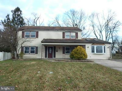 22 MAYFAIR CIR, WILLINGBORO, NJ 08046 - Photo 1