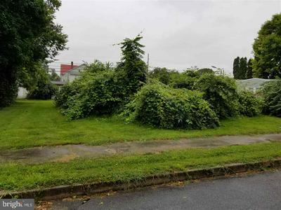 109 UMBERTO AVE, NEW CUMBERLAND, PA 17070 - Photo 2