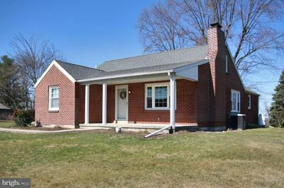 389 SCHOOLHOUSE RD, MIDDLETOWN, PA 17057 - Photo 2