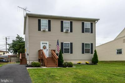 9 REDBROOK LN, LEVITTOWN, PA 19055 - Photo 2