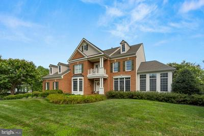 21301 GOLF ESTATES DR, GAITHERSBURG, MD 20882 - Photo 2