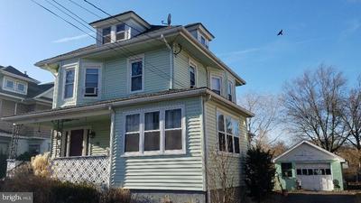 219 READING AVE, Barrington, NJ 08007 - Photo 2