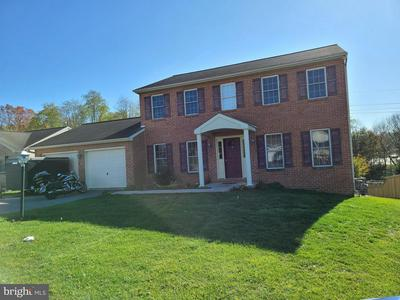 424 CHARTRIDGE DR, HAGERSTOWN, MD 21742 - Photo 1