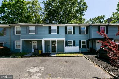 520 W LOCH LOMOND DR, Sicklerville, NJ 08081 - Photo 1