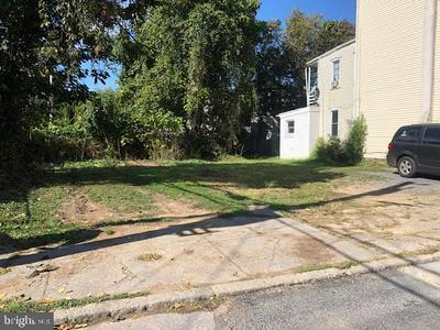 107 LINDEN ST, HARRISBURG, PA 17113 - Photo 2