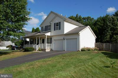 54 PEBBLE BEACH LN, POTTSTOWN, PA 19464 - Photo 2