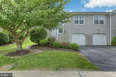 6171 SPRING KNOLL DR, Harrisburg, PA 17111 - Photo 2