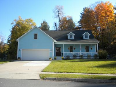 190 KAREN DR, Pittsfield, MA 01201 - Photo 2