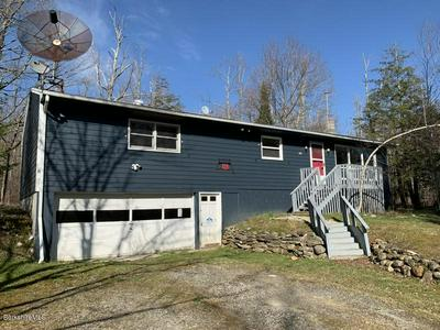 129 LONG BOW LN, Becket, MA 01223 - Photo 1