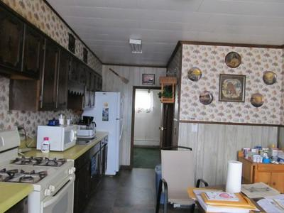 477 CAYUTA AVE, WAVERLY, NY 14892 - Photo 2