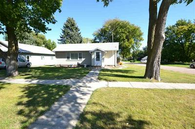 507 OAKLAND AVE, ELWOOD, NE 68937 - Photo 2