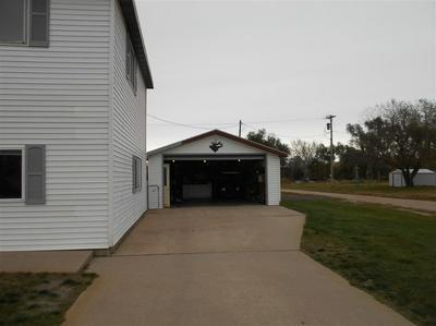 407 E STEBBINS ST, Callaway, NE 68825 - Photo 2