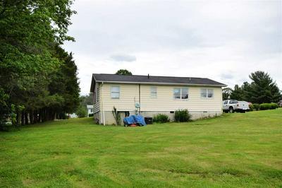182 GROVER RD, EDINBURG, VA 22824 - Photo 1