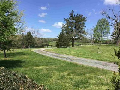 325 LOFTLANDS FARM # COTTAGE, Earlysville, VA 22936 - Photo 2