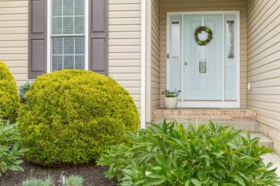 30 FOX CREST RDG, STAUNTON, VA 24401 - Photo 2