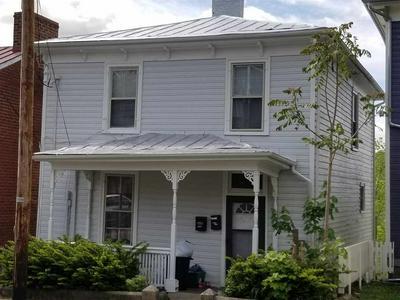 822 W BEVERLEY ST, Staunton, VA 24401 - Photo 1