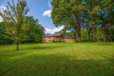 402 GREENWOOD FARMS RD, BARBOURSVILLE, VA 22923 - Photo 2