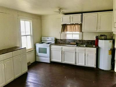 458 OLD TOLERSVILLE RD, MINERAL, VA 23117 - Photo 2