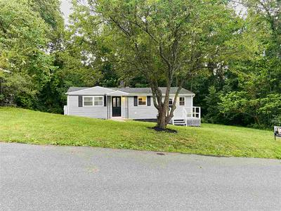 1100 N FOREST AVE, WAYNESBORO, VA 22980 - Photo 2
