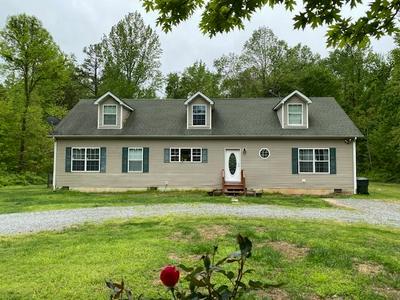 404 ROCKY RD, Stanardsville, VA 22973 - Photo 1