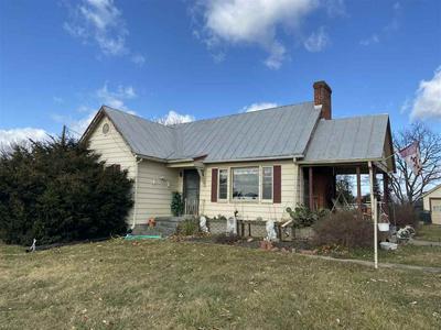 905 NEW HOPE RD, Staunton, VA 24401 - Photo 2