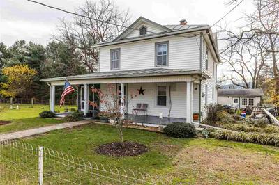 32 FLORY AVE, STUARTS DRAFT, VA 24477 - Photo 2