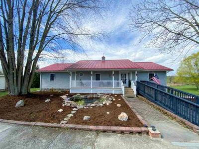 47 BROOKSIDE LN, STAUNTON, VA 24401 - Photo 1