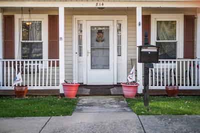 814 MAPLE ST, STAUNTON, VA 24401 - Photo 2