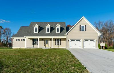 154 JASPERS LN, STUARTS DRAFT, VA 24477 - Photo 1