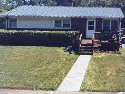 406 FAIRWAY AVE, CHARLOTTESVILLE, VA 22902 - Photo 1