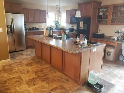 114 BOMBER MOUNTAIN RD, Gillette, WY 82716 - Photo 2