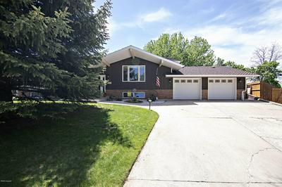 212 OVERLAND TRL, Gillette, WY 82716 - Photo 2