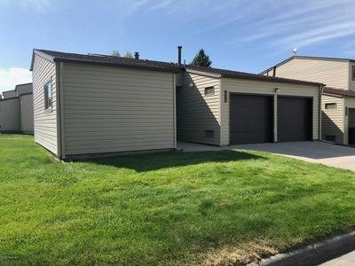 1130 INDIAN HILLS DR, Gillette, WY 82716 - Photo 1