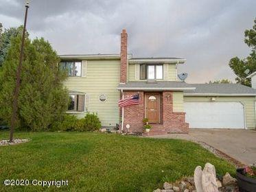36 CONSTITUTION DR, Gillette, WY 82716 - Photo 2