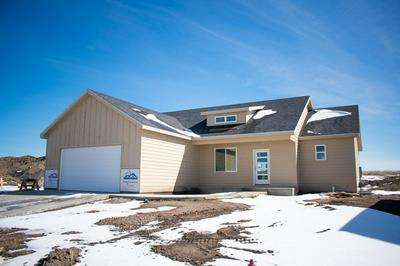 128 TABOR LN, GILLETTE, WY 82718 - Photo 2