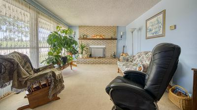 606 S GURLEY AVE, Gillette, WY 82716 - Photo 2