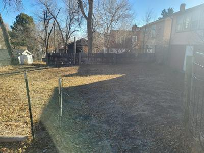 319 S SUMMIT AVE, Newcastle, WY 82701 - Photo 2