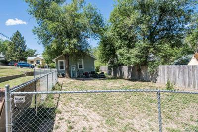 407 RICHARDS AVE, Gillette, WY 82716 - Photo 2