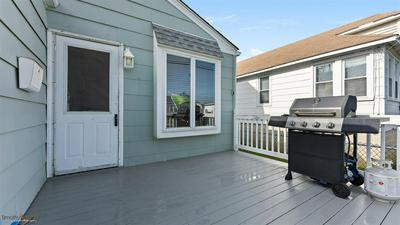 546 W MAPLE AVE, West Wildwood, NJ 08260 - Photo 2