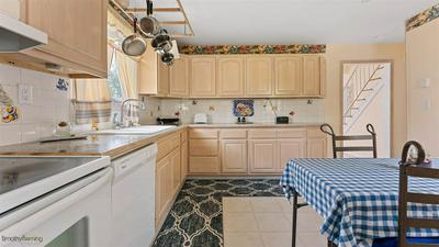 206 FRANCES AVE, Villas, NJ 08251 - Photo 2
