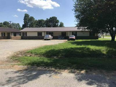 208 NE 2ND ST, Hoxie, AR 72433 - Photo 1