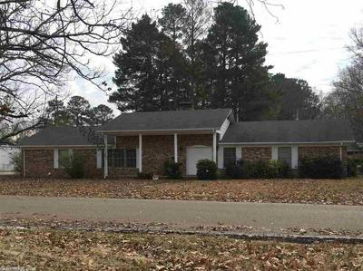 910 E PINE ST, GURDON, AR 71743 - Photo 2