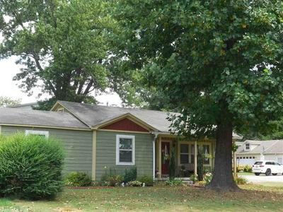 1302 E MOORE AVE, Searcy, AR 72143 - Photo 2