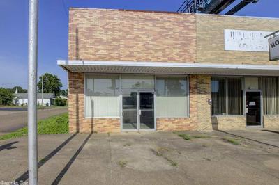 922 N STATE LINE AVE, Texarkana, AR 71854 - Photo 1
