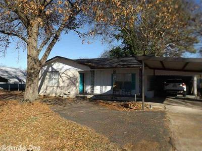 300 E 5TH ST, HOOKS, TX 75561 - Photo 1