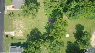 903 WOODLAWN ST, Warren, AR 71671 - Photo 2