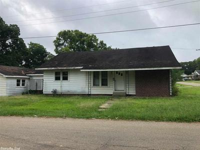 430 OAK ST, Warren, AR 71671 - Photo 1