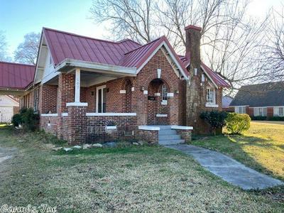 107 W CHURCH ST, Warren, AR 71671 - Photo 1
