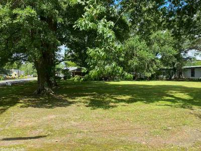 112 JEFFERSON ST, Lonoke, AR 72086 - Photo 2