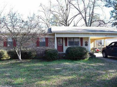 704 N SPRUCE ST, SEARCY, AR 72143 - Photo 2